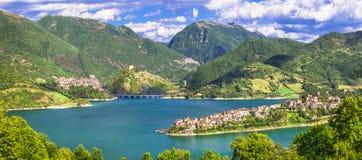 Εντυπωσιακές απόψεις της λίμνης Turano Στοκ φωτογραφία με δικαίωμα ελεύθερης χρήσης