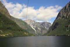 Εντυπωσιακό φιορδ Nærøyfjord στη Νορβηγία Σκανδιναβία στοκ φωτογραφίες με δικαίωμα ελεύθερης χρήσης