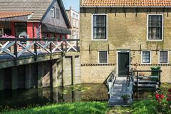 Εντύπωση του χωριού Hindeloopen Frisian στις Κάτω Χώρες Στοκ Εικόνες