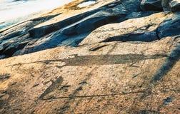 Ενυδρίδα και Κύκνος - σύμβολα Onega Petroglyphs στο ακρωτήριο Besov Στοκ φωτογραφίες με δικαίωμα ελεύθερης χρήσης