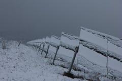 Ενότητες που καλύπτονται φωτοβολταϊκές με το χιόνι Στοκ Εικόνα