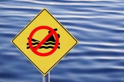 δεν επέτρεψε καμία κολύμβηση Στοκ εικόνα με δικαίωμα ελεύθερης χρήσης