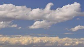 Ενδιαφέροντα σύννεφα Στοκ Εικόνα