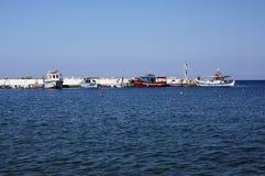 Εν πλω λιμάνι άποψης στο χωριό του Μπαλί Στοκ φωτογραφίες με δικαίωμα ελεύθερης χρήσης