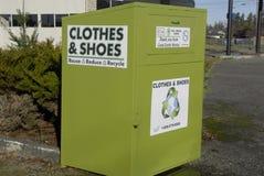 Ενδύματα και παπούτσια Στοκ εικόνα με δικαίωμα ελεύθερης χρήσης