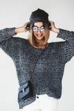 Εξάρτηση κοριτσιών Hipster στοκ φωτογραφία με δικαίωμα ελεύθερης χρήσης