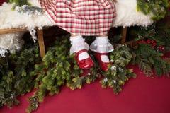 Εξάρτηση, φόρεμα και παπούτσια Χριστουγέννων στοκ φωτογραφία με δικαίωμα ελεύθερης χρήσης