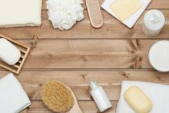 Εξάρτηση SPA Τοπ όψη Σαμπουάν, φραγμός σαπουνιών και υγρό Πήκτωμα ντους Aro Στοκ εικόνα με δικαίωμα ελεύθερης χρήσης