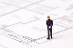 εξέταση επιχειρηματιών σχεδιαγραμμάτων Στοκ Εικόνα