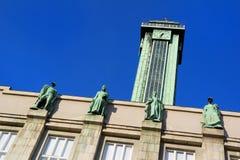 Εξέταση του πύργου της νέας αίθουσας πόλεων κωμοπόλεων της Οστράβα Στοκ Εικόνα