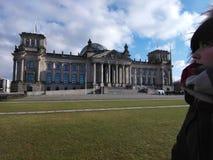 Εξέταση το κτήριο Reichtag στοκ φωτογραφία με δικαίωμα ελεύθερης χρήσης