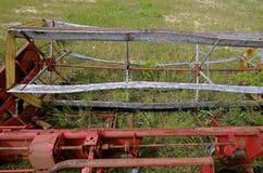 Εξέλικτρο ενός παλαιού αυτοπροωθούμενου σιταριού swather Στοκ φωτογραφία με δικαίωμα ελεύθερης χρήσης