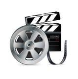 Εξέλικτρο και clapper κινηματογράφων που απομονώνονται στο λευκό Στοκ εικόνα με δικαίωμα ελεύθερης χρήσης