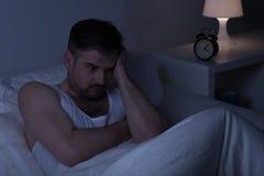 Εξαντλημένο στοχαστικό άτομο Στοκ εικόνα με δικαίωμα ελεύθερης χρήσης