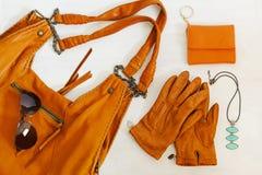 Εξαρτήματα γυναικών στο πορτοκαλί χρώμα Στοκ Εικόνες