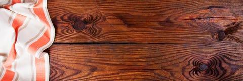 Εξαρτήματα κουζινών στην ξύλινη επιφάνεια τρόφιμα μπουλεττών ανασκόπησης πολύ κρέας πολύ Στοκ Εικόνες