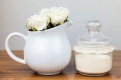 Εξαρτήματα λουτρών αντικείμενα υγιεινής πρ&omicr Στοκ Φωτογραφίες