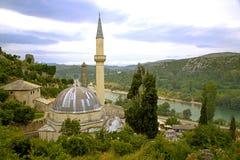 Εξετάζοντας κάτω στο μουσουλμανικό τέμενος Pocitelj, Βοσνία-Gercegovina Στοκ εικόνα με δικαίωμα ελεύθερης χρήσης