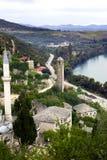 Εξετάζοντας κάτω στο μουσουλμανικό τέμενος Pocitelj, Βοσνία-Gercegovina Στοκ φωτογραφίες με δικαίωμα ελεύθερης χρήσης