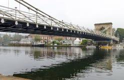 Εξετάζοντας τη γέφυρα σε Marlow, Αγγλία στοκ φωτογραφίες