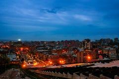 Εξισώνοντας σε Jerevan, Αρμενία από τον καταρράκτη Στοκ Φωτογραφία