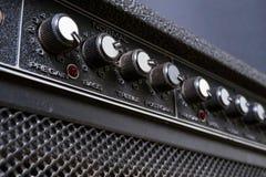 Εξογκώματα σε μια κιθάρα amp Στοκ φωτογραφία με δικαίωμα ελεύθερης χρήσης