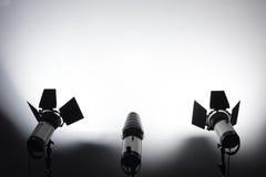 Εξοπλισμός για τα στούντιο φωτογραφιών και τη φωτογραφία μόδας Στοκ Φωτογραφίες