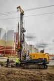 Εξοπλισμός κατασκευής στη δράση Tyumen Στοκ εικόνα με δικαίωμα ελεύθερης χρήσης