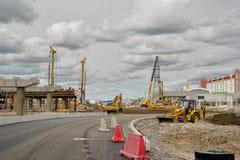 Εξοπλισμός κατασκευής στη δράση Tyumen Στοκ εικόνες με δικαίωμα ελεύθερης χρήσης