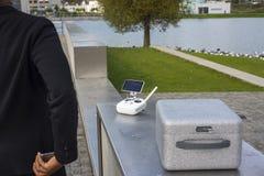 Εξοπλισμός κηφήνων στο κιβώτιο Στοκ Εικόνες