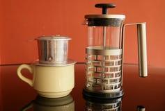 Εξοπλισμός για να κάνει τον καφέ στοκ εικόνα