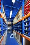 Εξοπλισμός για τα ράφια αποθηκών εμπορευμάτων, ράφια Στοκ Φωτογραφία