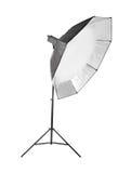 Εξοπλισμός για τα στούντιο φωτογραφιών και τη φωτογραφία μόδας Octobox, που απομονώνεται σε ένα άσπρο υπόβαθρο Φωτογραφικός φωτισ στοκ φωτογραφία με δικαίωμα ελεύθερης χρήσης