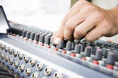Εξοπλισμός μουσικής κονσολών Στοκ φωτογραφία με δικαίωμα ελεύθερης χρήσης