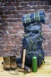 Εξοπλισμός, σακίδιο, μπότες και σακίδιο πλάτης πεζοπορίας Στοκ Φωτογραφίες