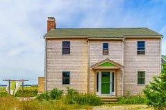 Εξοχικά σπίτια κατά μήκος της παραλίας στον κώδικα ακρωτηρίων Provincetown Στοκ εικόνες με δικαίωμα ελεύθερης χρήσης