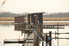 Εξοχικά σπίτια μετα-Apo στη λίμνη Στοκ εικόνες με δικαίωμα ελεύθερης χρήσης