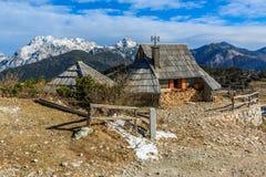 Εξοχικά σπίτια στο planina Velika Στοκ φωτογραφίες με δικαίωμα ελεύθερης χρήσης
