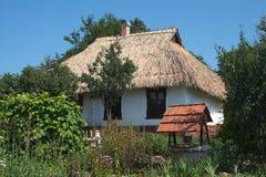 εξοχικό σπίτι Ουκρανός Στοκ εικόνα με δικαίωμα ελεύθερης χρήσης
