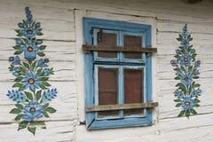 εξοχικό σπίτι που χρωματίζ& Στοκ φωτογραφία με δικαίωμα ελεύθερης χρήσης