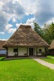 εξοχικό σπίτι ρουμάνικα στοκ εικόνα με δικαίωμα ελεύθερης χρήσης