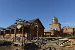 Εξοχικό σπίτι ρωσικός-ύφους Στοκ Εικόνες