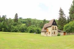 Εξοχικό σπίτι στα βουνά, Δημοκρατία Czezh Στοκ φωτογραφία με δικαίωμα ελεύθερης χρήσης