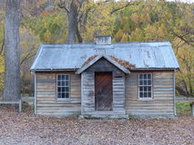 Εξοχικό σπίτι το φθινόπωρο Arrowtown, Νέα Ζηλανδία στοκ εικόνες