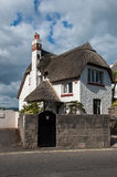 Εξοχικό σπίτι Thatch Στοκ φωτογραφία με δικαίωμα ελεύθερης χρήσης