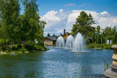 εξωραϊσμός κήπων μονοπάτι κήπων Όμορφη πλάτη Στοκ φωτογραφίες με δικαίωμα ελεύθερης χρήσης