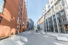 Εξωτερικές, σύγχρονες κατασκευές γραφείων Στοκ φωτογραφίες με δικαίωμα ελεύθερης χρήσης