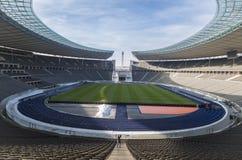 Εξωτερική άποψη του σταδίου της Ολυμπία του Βερολίνου, που χτίζεται για τους θερινούς Ολυμπιακούς Αγώνες του 1936 , στο Βερολίνο, Στοκ Εικόνα