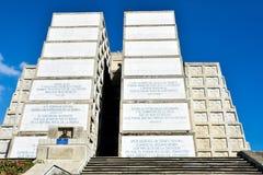 Εξωτερική άποψη του φάρου του Christopher Columbus στο μπλε ουρανό Δυτική ζώνη Santo Domingo, Δομινικανή Δημοκρατία Στοκ εικόνα με δικαίωμα ελεύθερης χρήσης