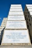 Εξωτερική άποψη του φάρου του Christopher Columbus στο μπλε ουρανό Δυτική ζώνη Santo Domingo, Δομινικανή Δημοκρατία Στοκ φωτογραφίες με δικαίωμα ελεύθερης χρήσης